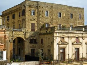 Napoli_-_Palazzo_donn'Anna